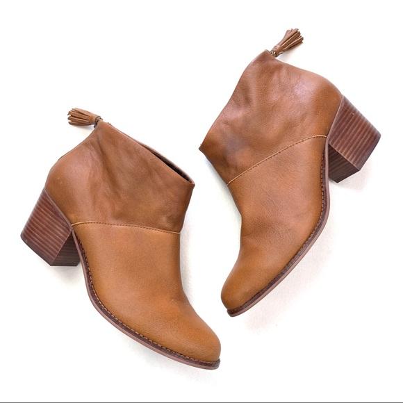 Toms Shoes   Leila Carpe Diem Boots